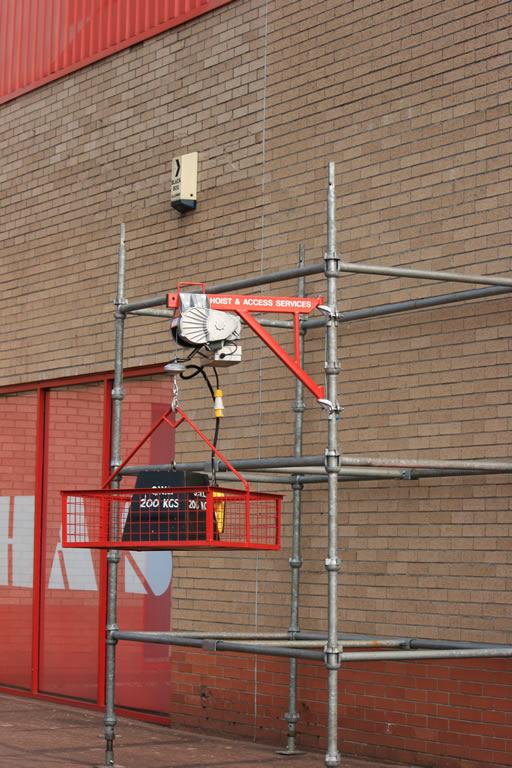 Scaffold Electric Hoist Hoist Amp Access Services Ltd